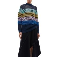 Свободный вязаный свитер вязания крючком