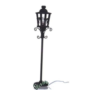 Dollhouse Modern Street Lamp with scale 1/12