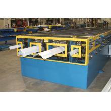 Europäische Standard-Stahl-Leichtkiel-Rollenformmaschine