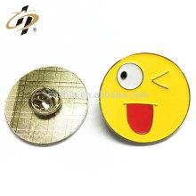 2016 free sample promotion gift soft enamel emoji collar pin badge with card