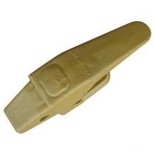 Komatsu Bucket Tooth Adapter (426-847-1121)