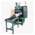 Machine d'emballage pour tubes longs, emballage de type horizontal