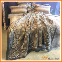 Full Wool Classical Pattern Knit Blanket for aristocracy
