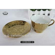 Vergoldeten keramischen Teetasse und Untertassen-Sets
