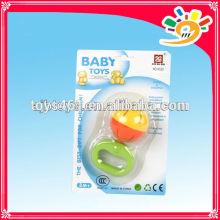 Lustige Plastik Baby Rattle Bell Spielzeug