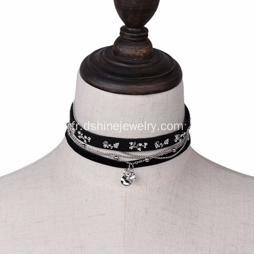 Cuir velours Choker Necklace Rivet Punk Charm Necklace
