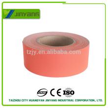 Fábrica directamente proporcionar nuevo estilo cinta reflectante en los remolques