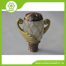 2015 new design Fancy resin curtain rod end caps