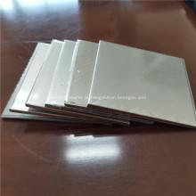Placa e tira de revestimento de alumínio composto de titânio