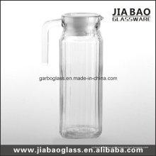 Pichet en verre transparent avec couvercle