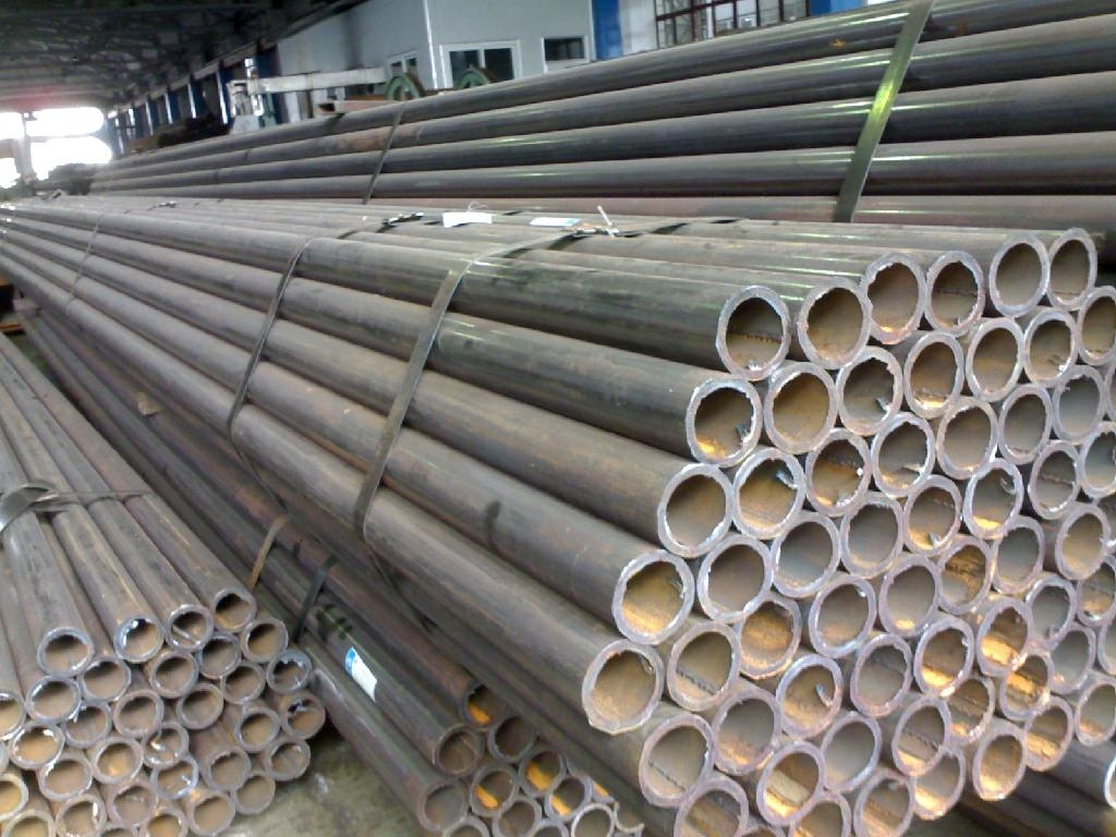 ERW_HFW_welded_steel_tube_pipe_API_5L_GrB_A106B_A53B