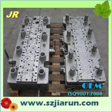 Herramienta y troquel de estampación para el estator del rotor del motor