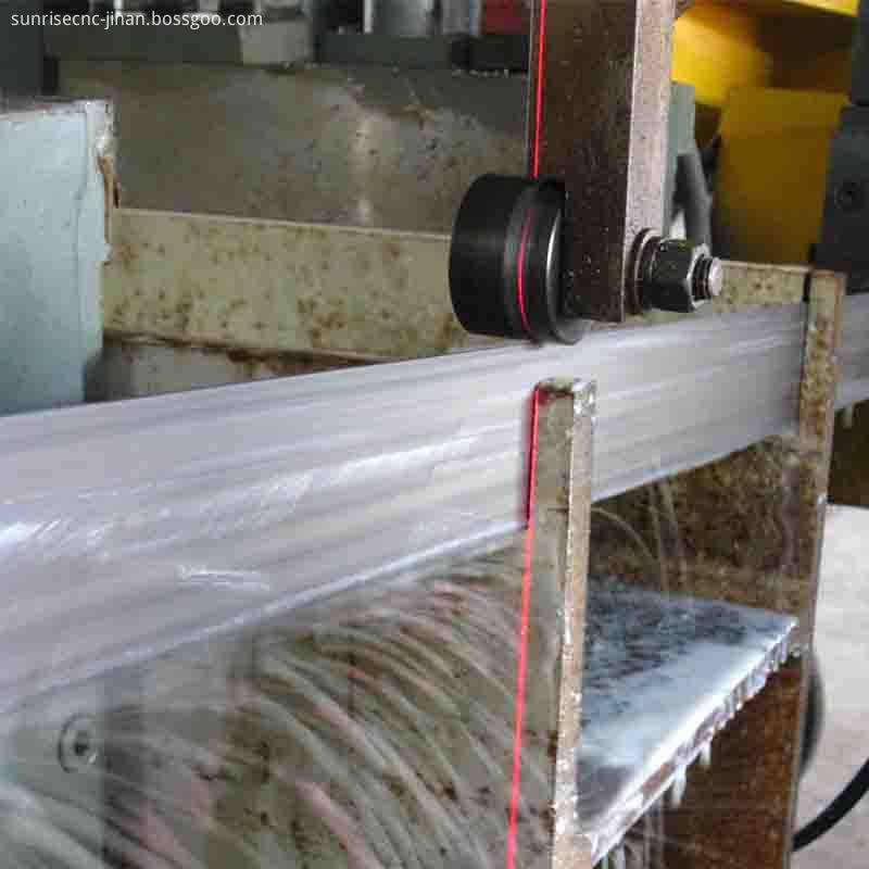 beam sawing machine