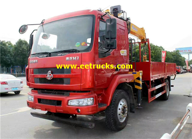 Dongfeng Truck with Cranes