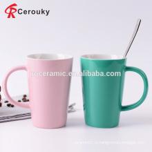 Продовольственная двухцветная цветная глазурь керамические молочные кружки для завтрака и чашки