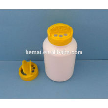 Пластиковая бутылка с крышкой захлопка