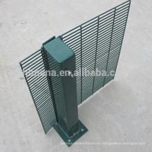 Recubrimiento galvanizado en caliente recubierto de polvo de alta seguridad 358 Valla antideslizante para la prisión