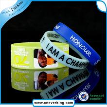 New Style Souvenir Custom Design Fitness Wristband
