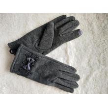 Nuevos guantes de mujer de moda con lazo.