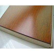 Russische weiße Eiche ausgearbeitete Holzböden / Eichenboden UV Lac / Öl China Factory Preis