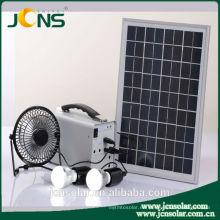 Sistema del panel solar para el uso casero con la luz llevada y el cargador del teléfono móvil