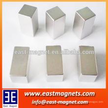 N35 Neodym-Quadratmagnete zum Anheben / Würfel NDFEB Magnet