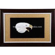Wanddekorative MOP Eagle Kopfform Bild mit Holzrahmen
