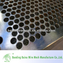 Punching holes mesh in stainless steel