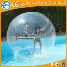 Promenade sur la balle d'eau en plastique / balle d'eau à bulle géante