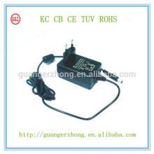 Adaptador de corrente alternada Universal 13V 800mA KC