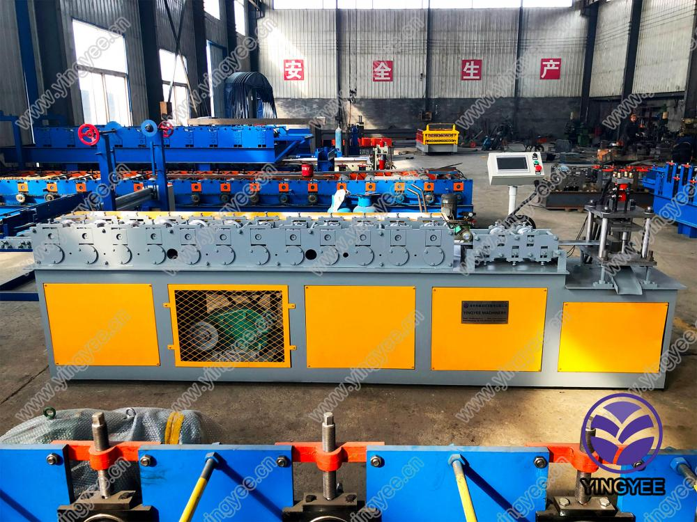 Roller Shutter Slate Roll Forming Machine From Yingyee31