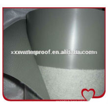 Membrane imperméable au polychlorure de vinyle avec fibre