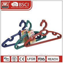 Recycled plastic clothes hangers ( 3 pcs)