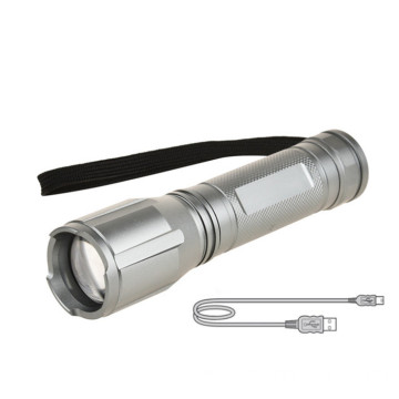 Luz de antorcha led de larga distancia con zoom