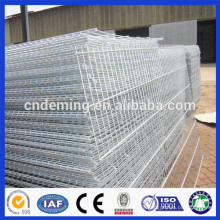 PVC coated curved wire mesh fence panel