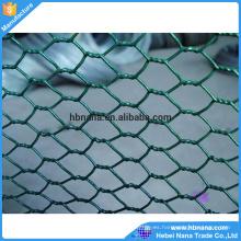 Uso común verde del alambre del pollo de la malla de alambre revestida hexagonal del PVC / cerca de alambre galvanizada electro de las aves de corral