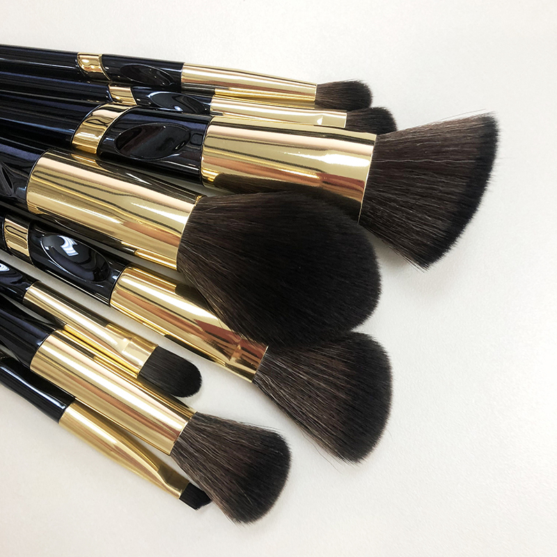 Makeup tools and brushes