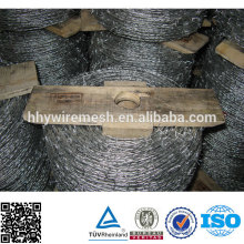 Hot dipped and Electro galvanized double twist barbed wire Coil