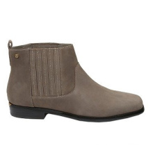 Botas para el tobillo de gamuza de las mujeres