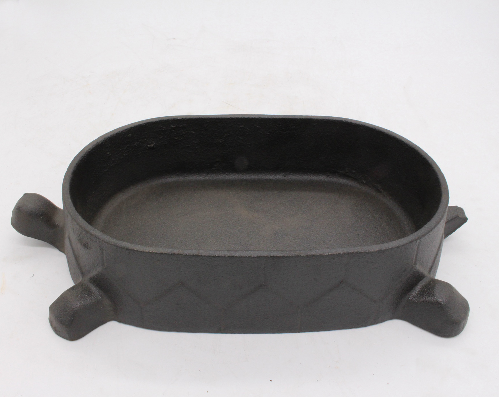 Cast iron fry pan skillet