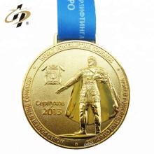 2018 Personnalisé taille en alliage de zinc pas cher métal sport médailles d'or avec lanière