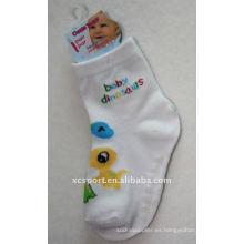 2011 calcetines antideslizantes del bebé del resbalón del suéter de la manera animal al por mayor