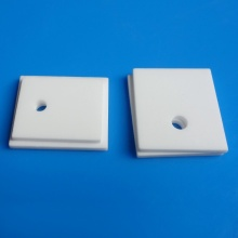 Ceramic thermal plate in aluminum oxide ceramics