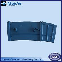 Produit de moulage par injection de plastique bleu