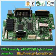 montaje del pcb del regulador de la luz solar Fabricación de la electrónica para el tablero amplificador del auricular