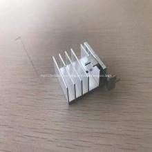 6061CNC Алюминиевый штамп-профиль для радиатора
