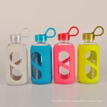 Everich de alta calidad se divierte la botella de agua de cristal con la manga del silicón