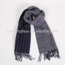Bufanda con doble cara de pata de gallo 100% de lana