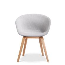 Nuevo diseño de patas de madera y cojines de tela brazo de ocio silla de comedor