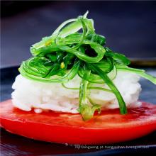 Salada de alga picante de gergelim e wakame Goma hiyashi wakame